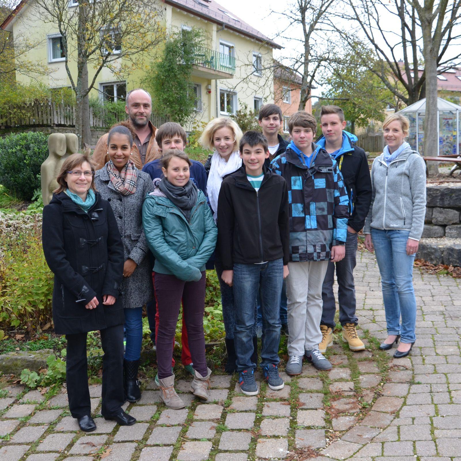 Klasse R9b spendet 120 € an Albert-Schweitzer-Kinderdorf